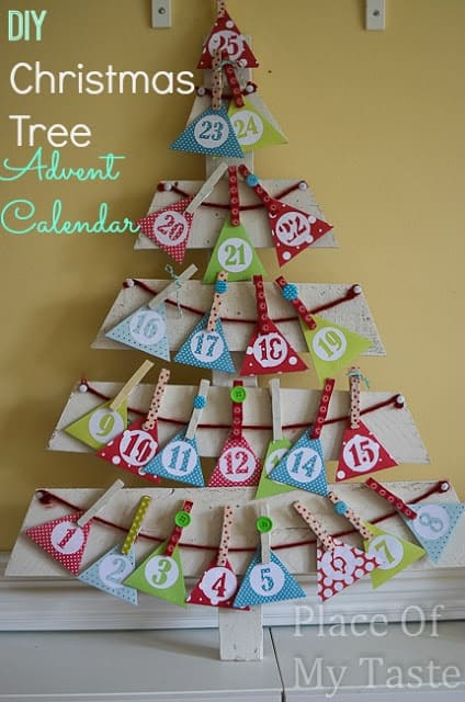 Diy christmas tree advent calendar for Diy christmas advent calendar ideas