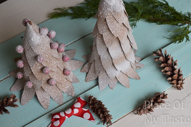 DIY PAPER CHRISTMAS TREE {with printable shapes }