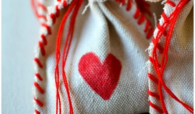 STITCHED DROP CLOTH VALENTINE's treat BAGs