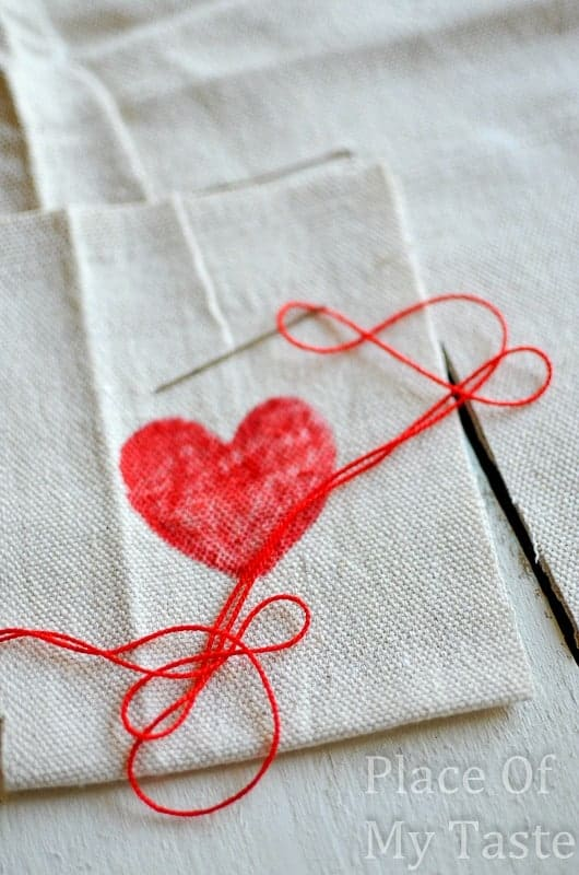 Stitched Valentine's Treat Bags (10)
