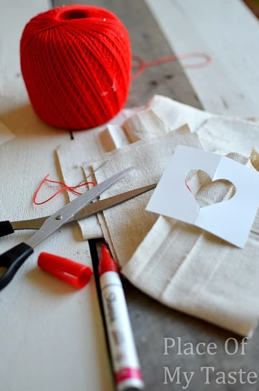 Stitched Valentine's Treat Bags (14)