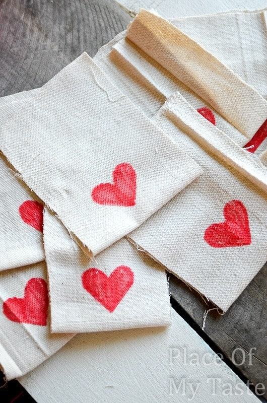 Stitched Valentine's Treat Bags (17)