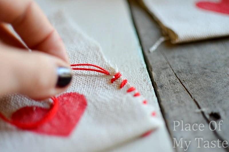Stitched Valentine's Treat Bags (19) DIY bag