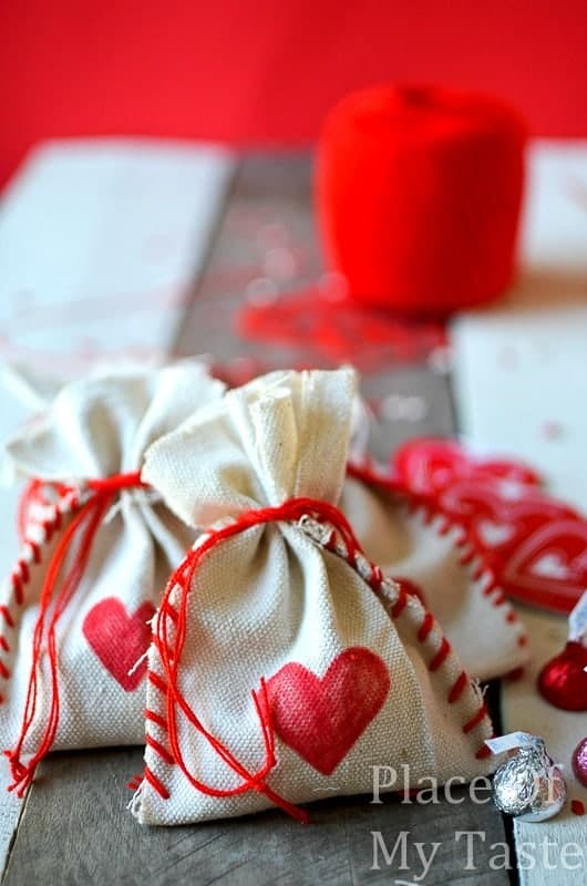 Stitched Valentine's Treat Bags (27) DIY bag