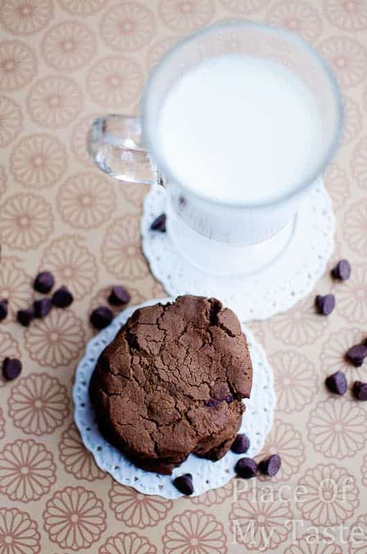 Double Chocolate Chip Cookies@placeofmytaste.com-0070