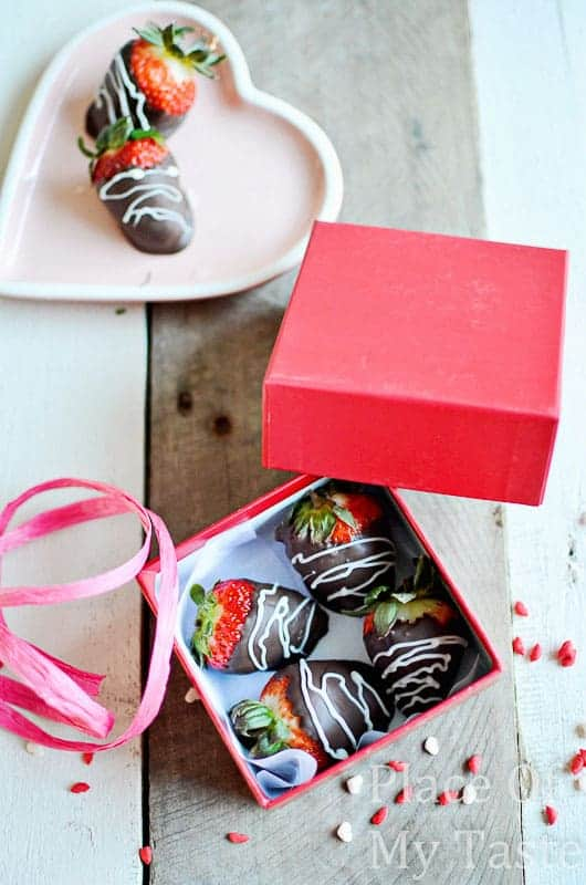 Chocolate dipped strawberries @placeofmytaste.com-14