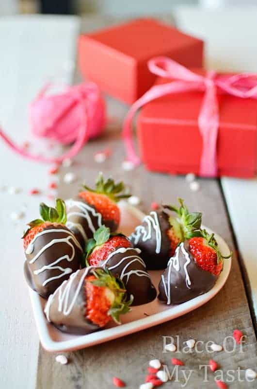 Chocolate dipped strawberries @placeofmytaste.com-22