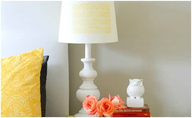 HERRINGBONE STENCILED LAMP MAKEOVER