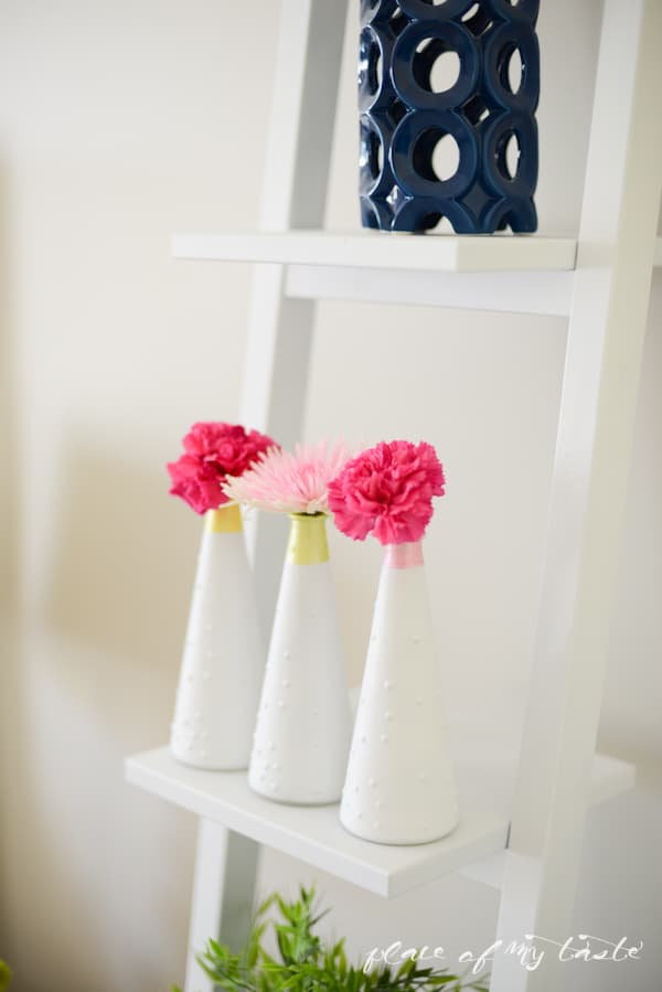 Painted vases - www.placeofmytaste.com