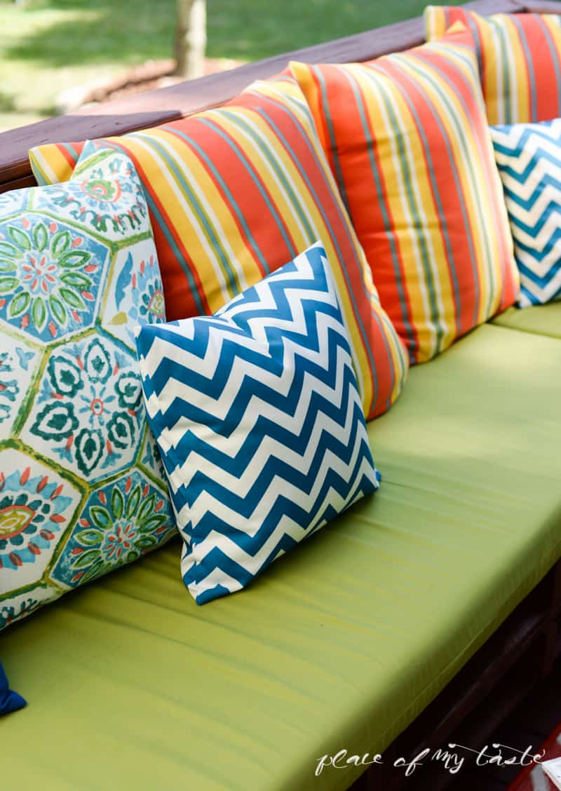 COLORFUL SEW PILLOW COVERS and GIVEAWAY