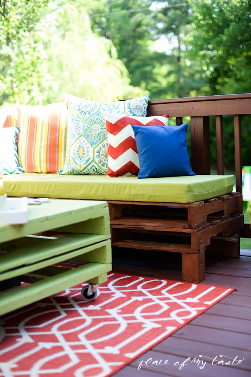 pallet furniture patio. diy pallet furniturepatio makeover wwwplaceofmytastecom furniture patio