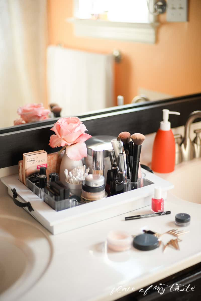 Organizing- Makeup Station- Place Of My Taste -3669