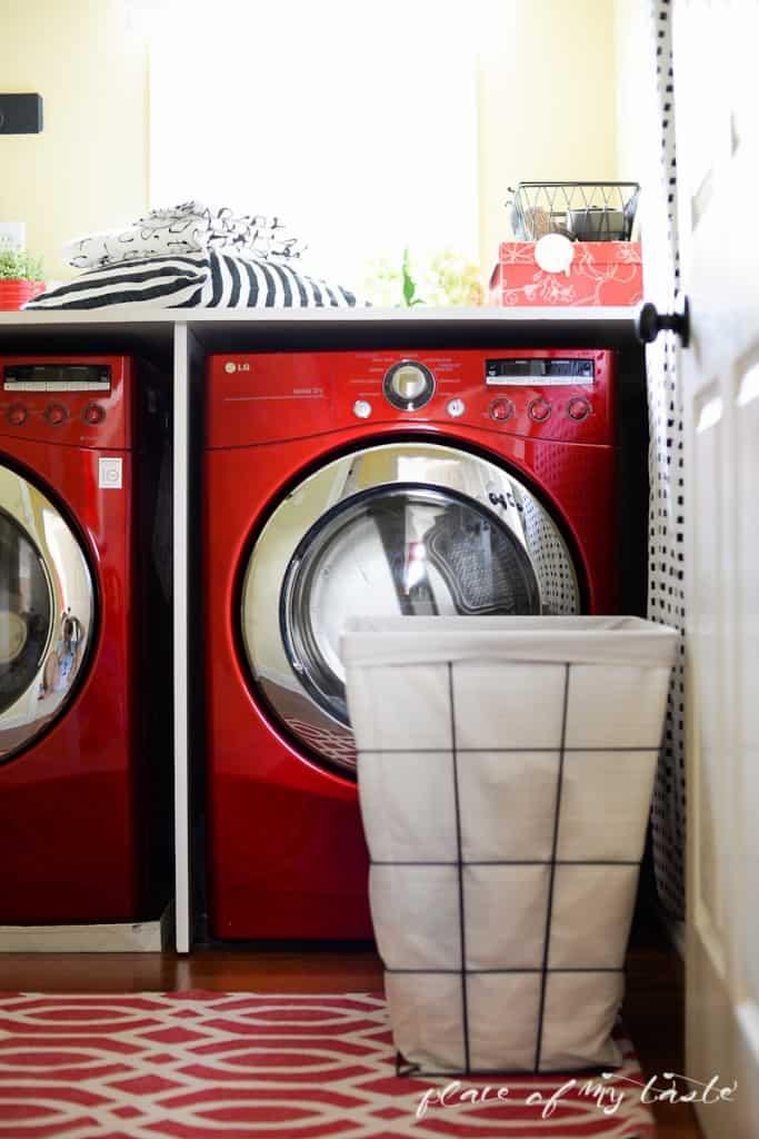 Organzied Laundry space - www.placefomytaste.com-4159