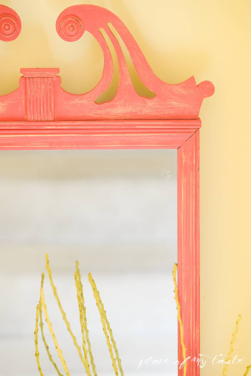 Mirror Makeover with Vintage Decor Paint - www.placeofmytaste.com #marthastewartcrafts #plaidcrafts #marthastewart
