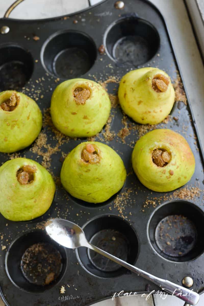 Baked Pear with Raisins-4