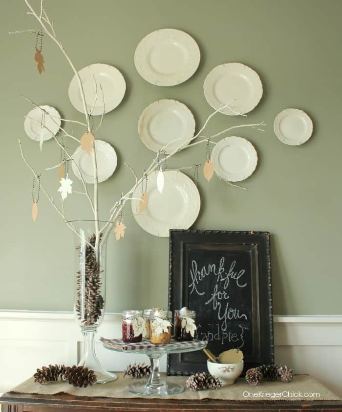 Simple-Thankful-Tree-Perfect-for-a-holiday-gathering-OneKriegerChick.com_