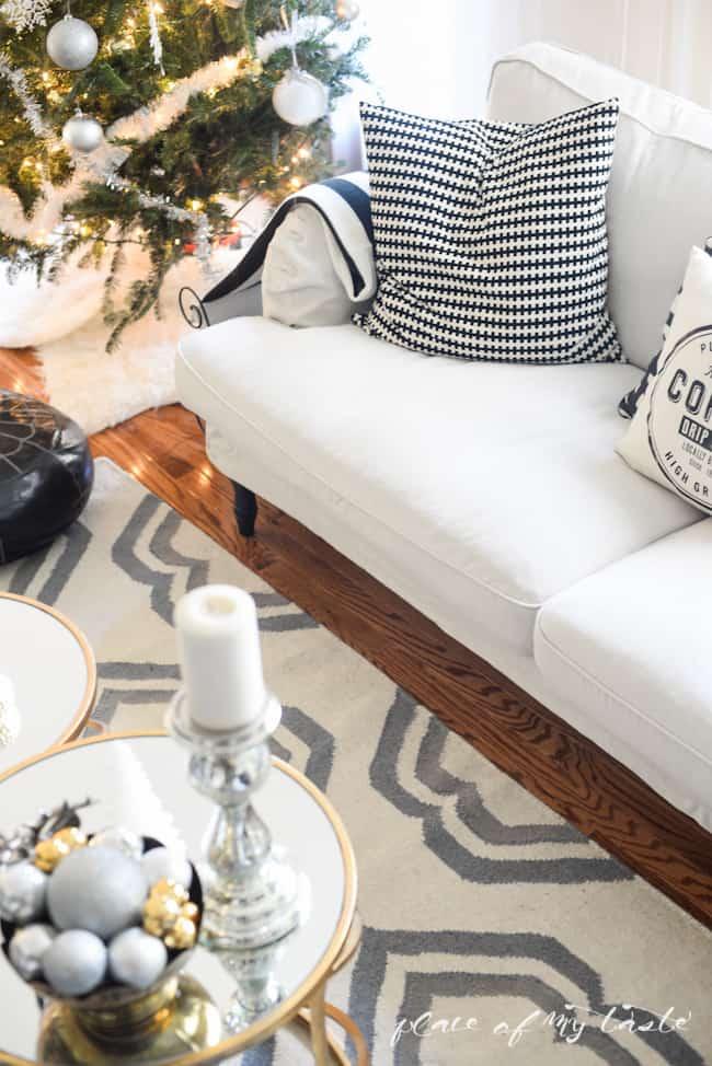 New living room-37