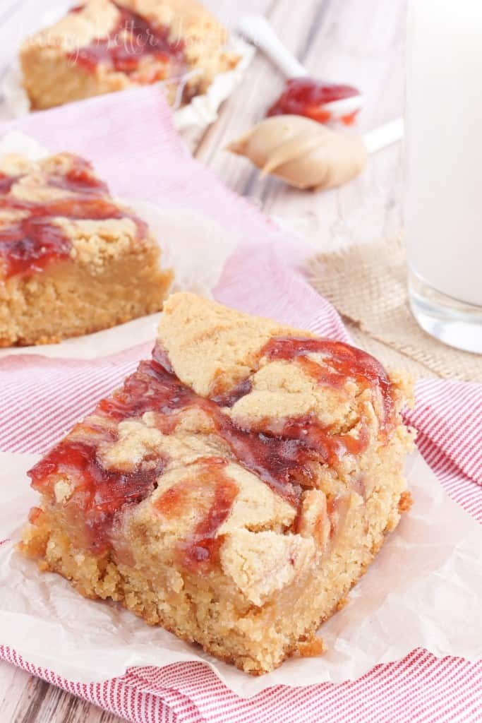 peanut-butter-jelly-blondies-5-3