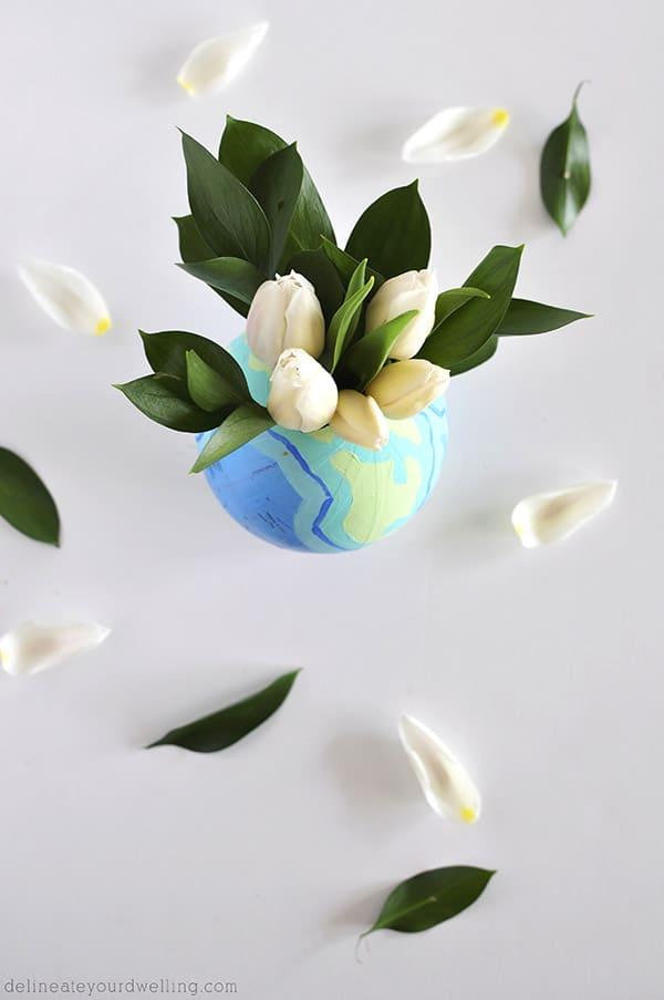 DIY Globe Vase