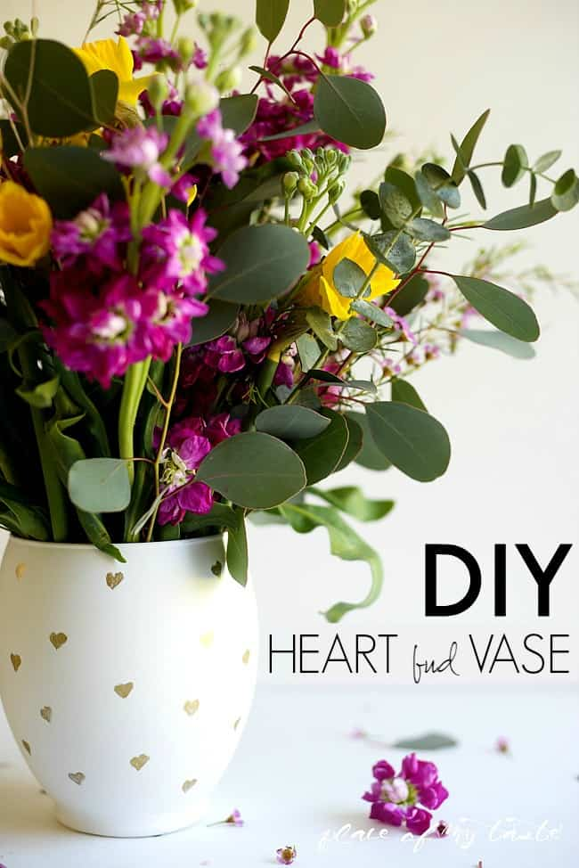 DIY HEART BUD VASE