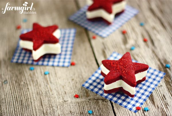 600afd_IMG_6497_patriotic-ice-cream-sandwiches-with-red-velvet-star-cookies-and-cream-cheese-ice-cream-copy