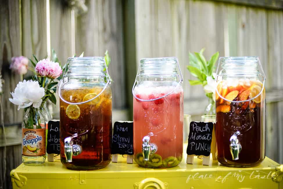 Peach moscato punch and fun summer drink station place for Fun alcoholic drinks to make