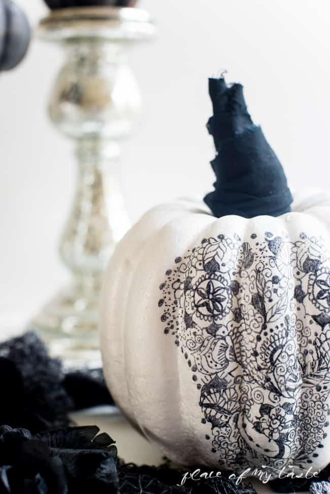 henna pumpkin (10 of 10)