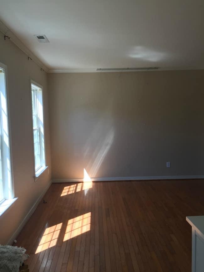 empty room 2015