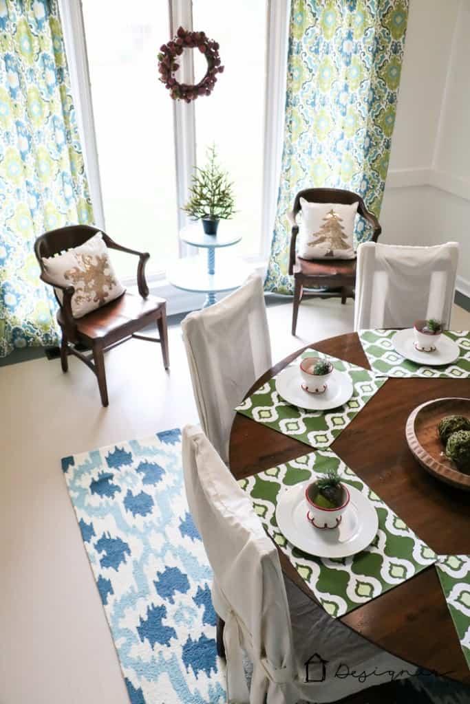 dining-room-christmas-3-683x1024