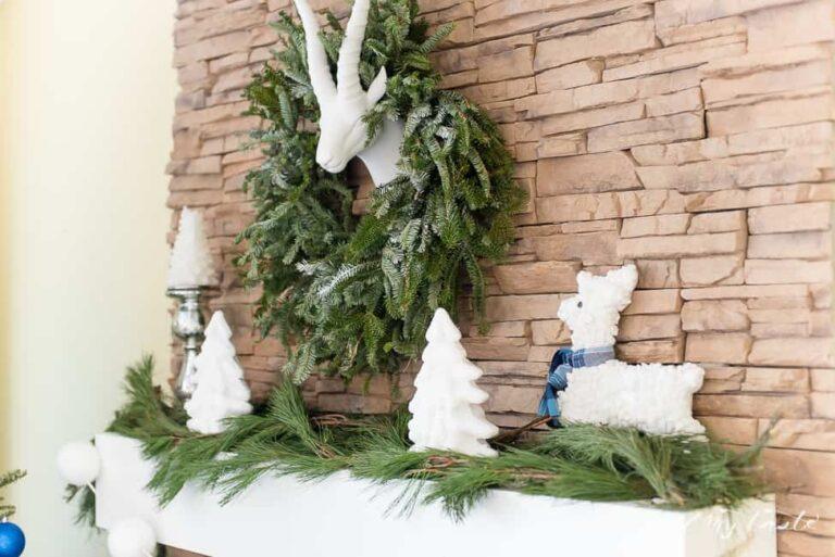 DIY TEXTURED REINDEER AND CHRISTMAS TREE + CHRISTMAS MANTLE