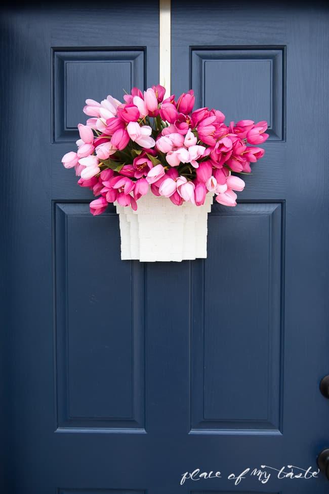DIY TULIP BASKET- SPRING DOOR DECOR (3 of 4)