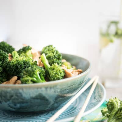 THE BEST CHICKEN BROCCOLI
