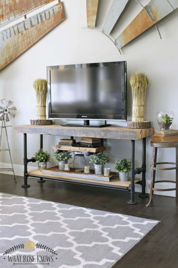 5 WAYS TO ADD DIY SHELVES TO YOUR HOME