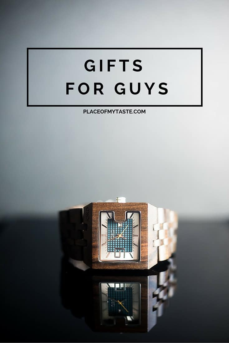 Gifts for guys! Do you struggle to find a great gift for your dad or for your husband? Look no further, grab a nice wood watch, he will love you for it!