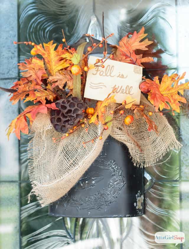fall-door-decor-vintage-mailbox-5