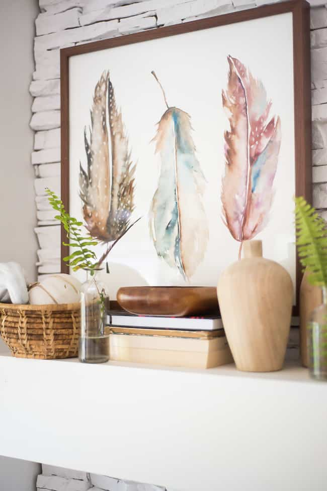 WAYS TO DECORATE YOUR MANTLE