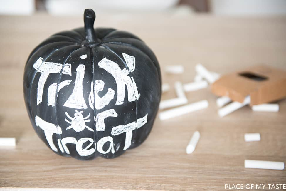 DIY chalk pumpkin