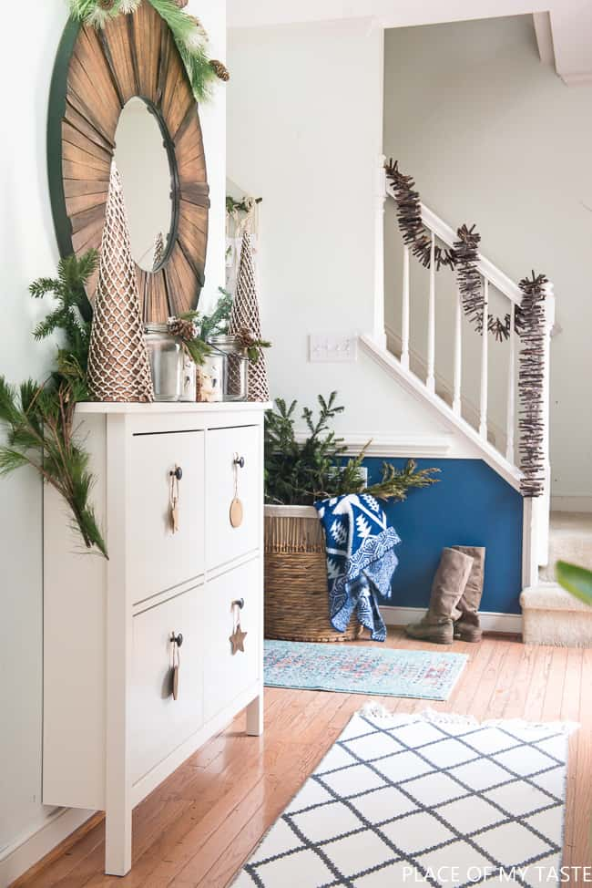 a festive christmas entryway decor with kirklands 19 - Entryway Decor