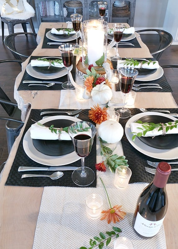 black-and-white-rustic-modern-fall-table-setting- & Beautiful Thanksgiving Table Setting Ideas Work it Wednesday | The ...