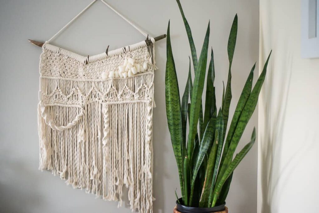 Macrame is really not that difficult once you learn a few basic knots. Lark's Head Knot In most macrame projects, a simple knot is used to attach the rope to the pole.