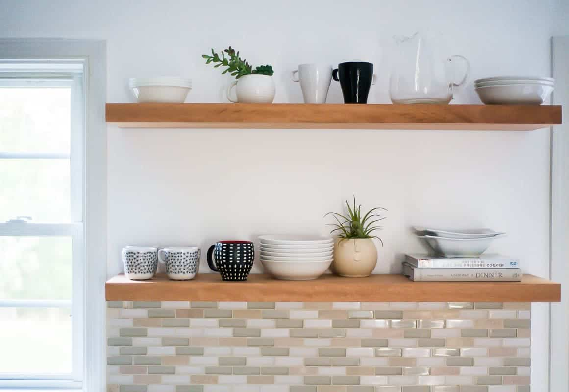 Learn how to hang open kitchen shelves - floating shelves an ...