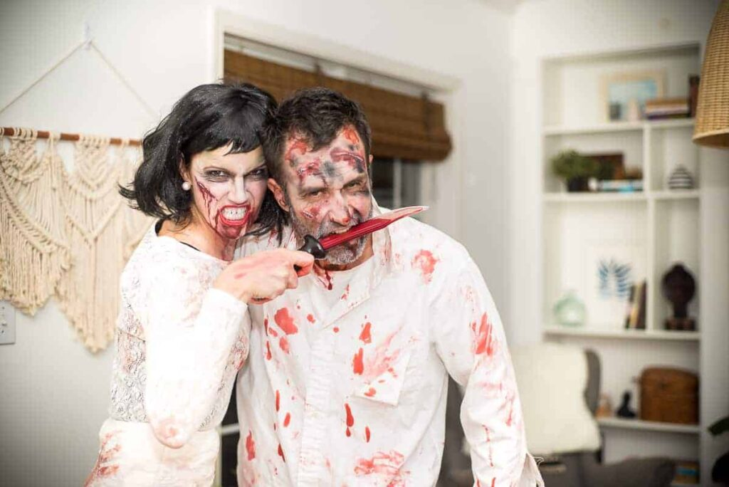 Zombie couple halloween costumes