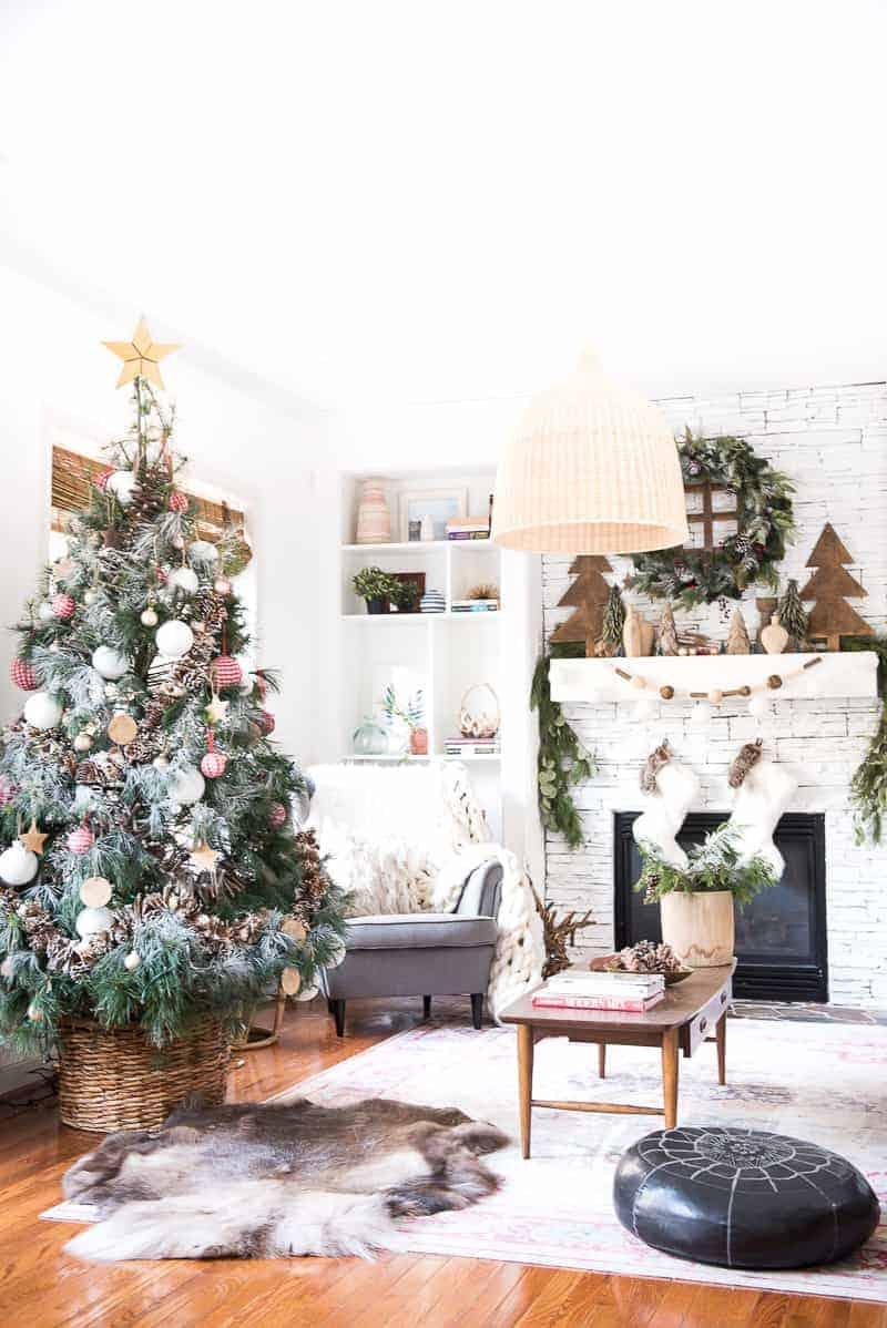 SEASONAL SIMPLICITY CHRISTMAS HOME TOUR - PLACE OF MY TASTE