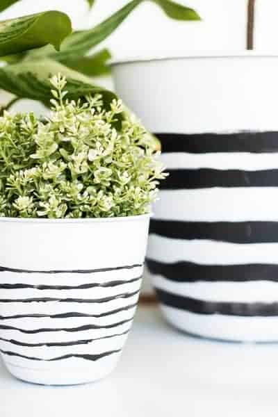 EASY PAINTED PLANTERS