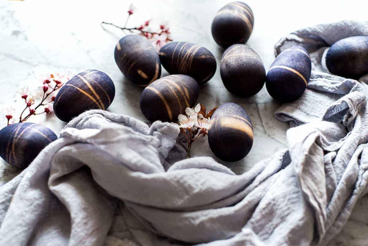 Tie Dye Easter Eggs #tiedye #easter #eastereggs #woodeneggs
