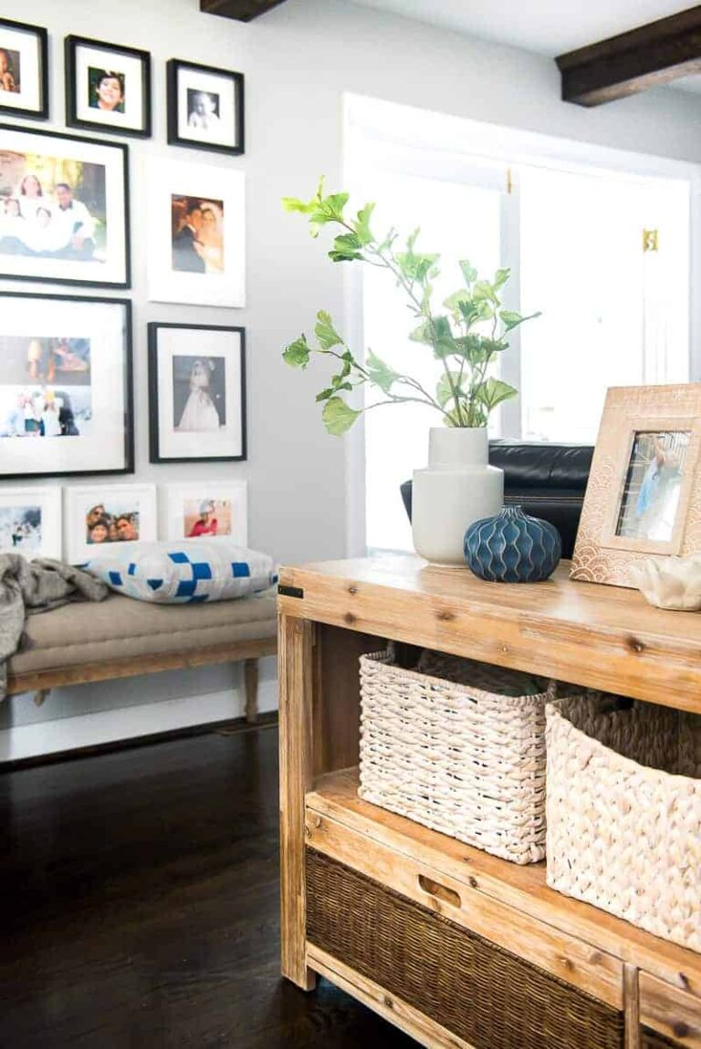 NEUTRAL LIVING ROOM – Client's project