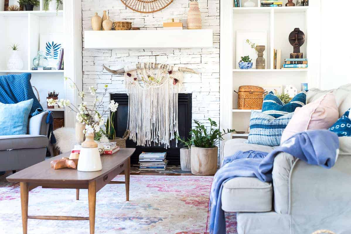 patriotic room fireplace mantel designs | Spring BOHO Decor: From the mantle to the floor! BOHO it up!
