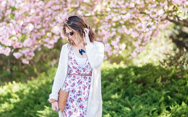 FASHION FRIDAY – CLOGS AND MAXI DRESSES