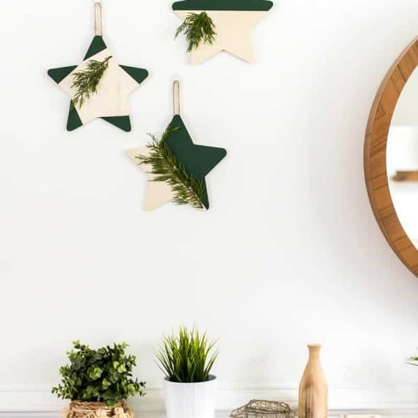 EASY DIY CHRISTMAS STAR DECORATION