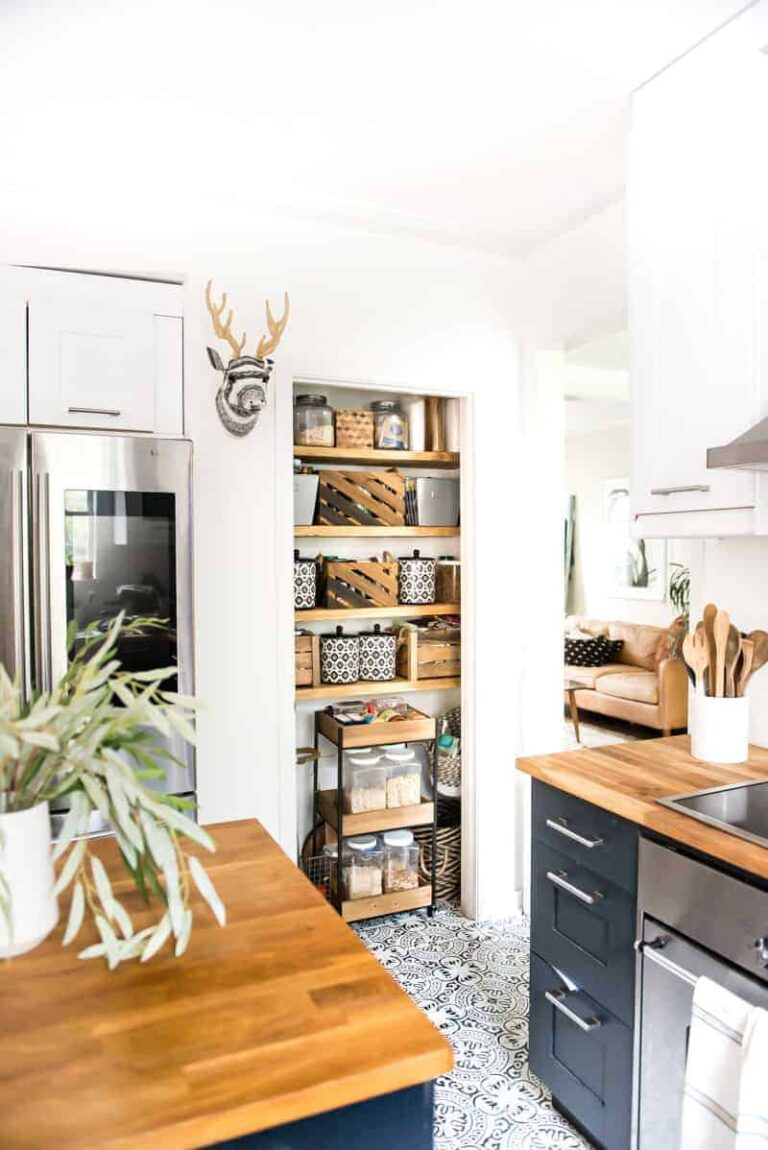 OPEN PANTRY ORGANIZATION WITH TUESDAY MORNING